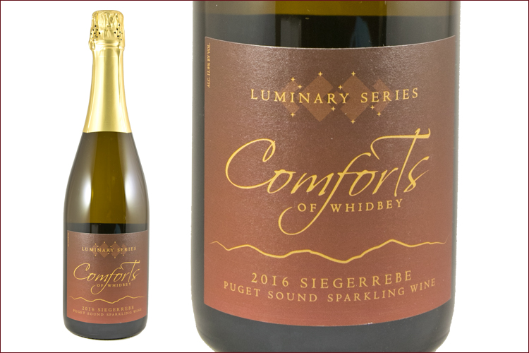 Comforts of Whidbey 2016 Sparkling Siegerrebe wine bottle