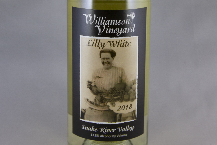 Williamson Vineyards 2018 Lilly White